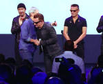 Tim Cook & U2